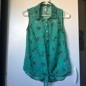 Green Women's Sleeveless Blouse